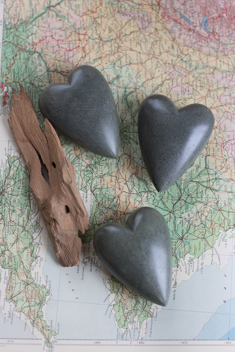 set of 6 hand carved stone hearts - dark grey