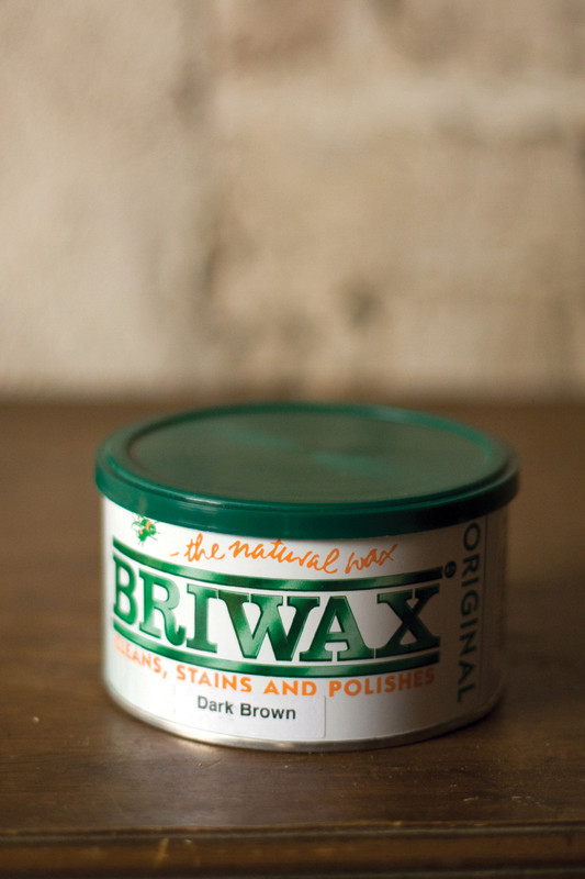 briwax - dark brown