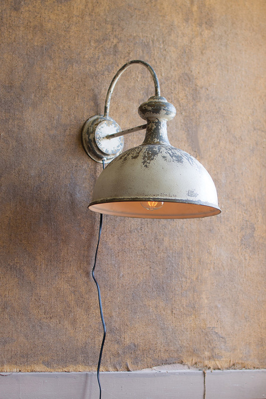 WALL SCONCE LAMP