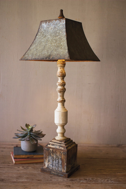 TALL TURNED BANISTER LAMP