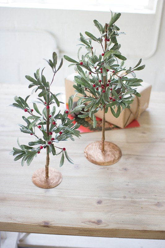 ARTIFICIAL MISTLETOE TREES