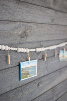Wooden Garland with Clothespins