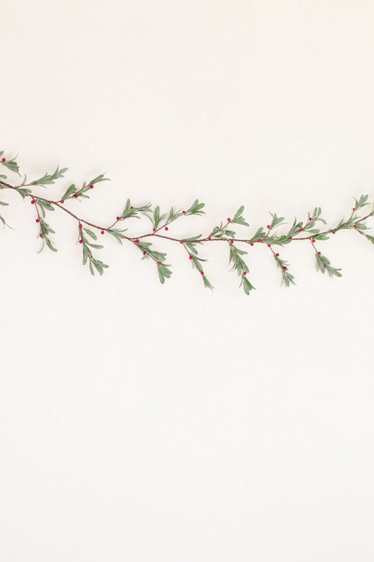 artificial mistletoe garland