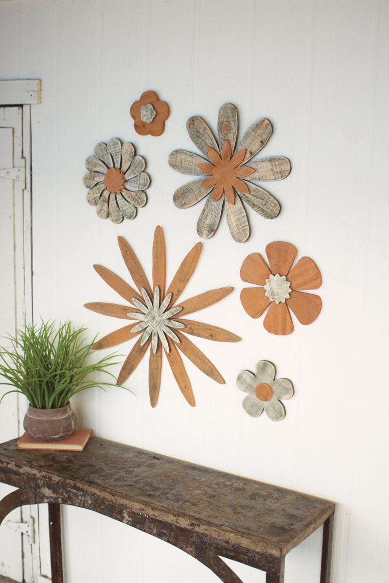 creative wood wall with flowers