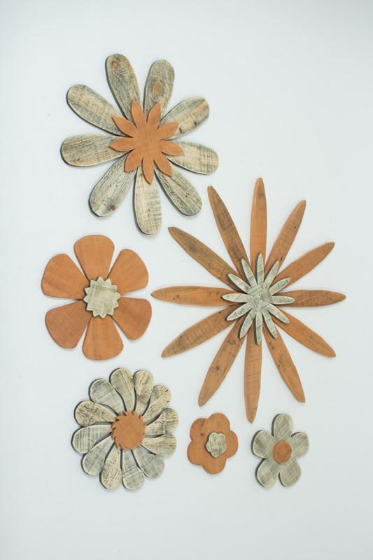 Set of 6 Wooden Flowers Wall Art