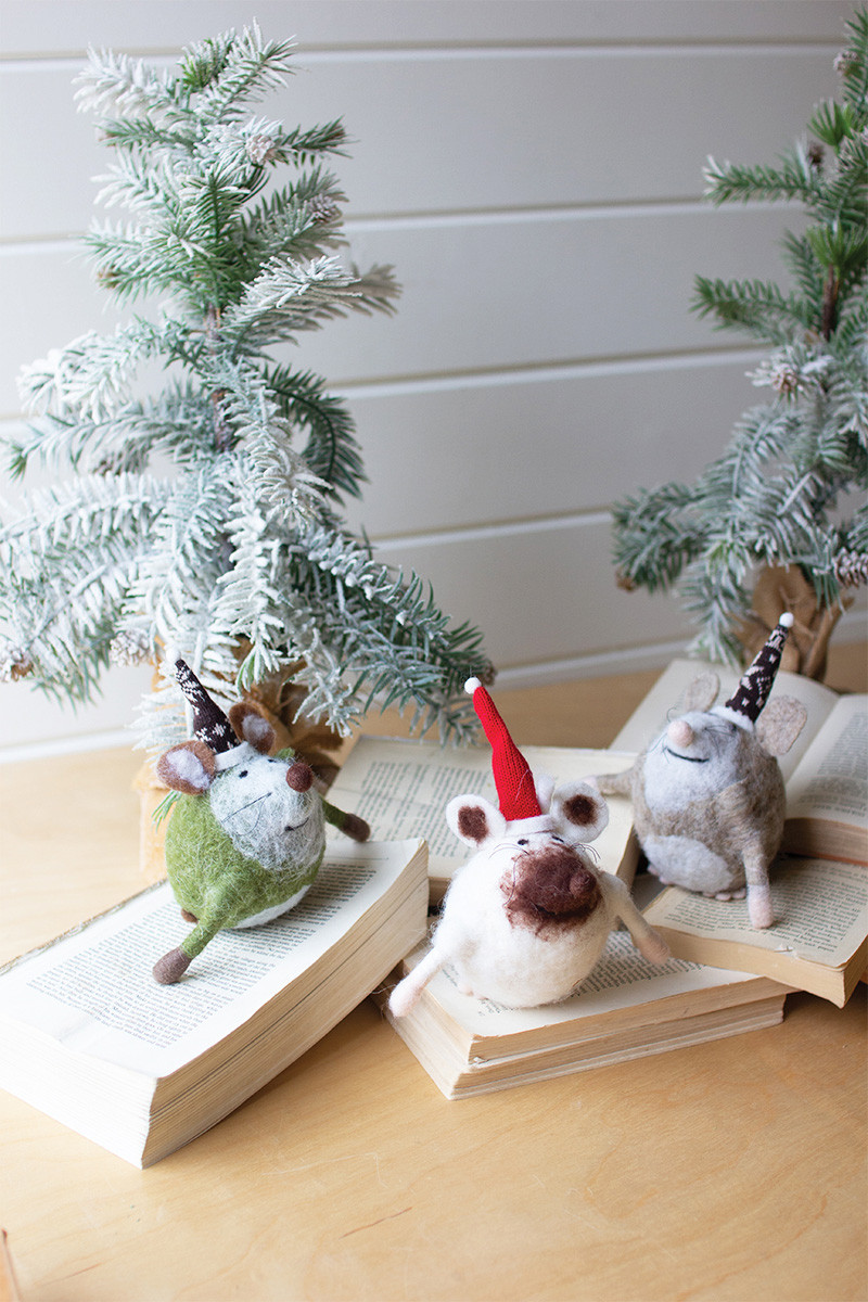 set of 3 felt mice with christmas hats