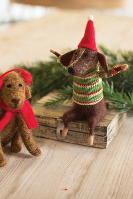 FELT CHRISTMAS DOGS