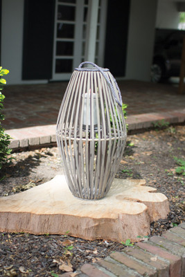 RIBBED GREY WILLOW LANTERN