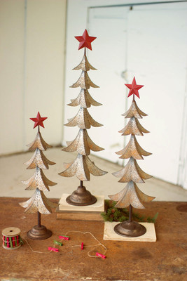 METAL TREES WITH RED STAR
