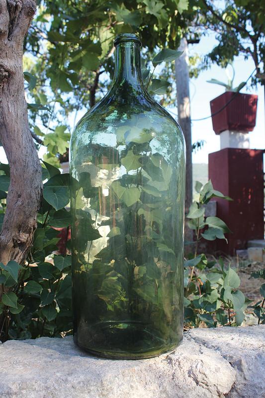 tall glass bottiglione
