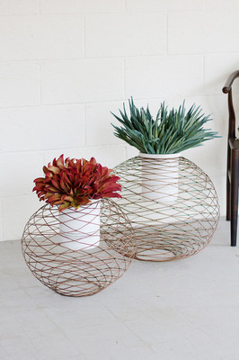 COPPER FINISH WIRE BALL PLANTERS
