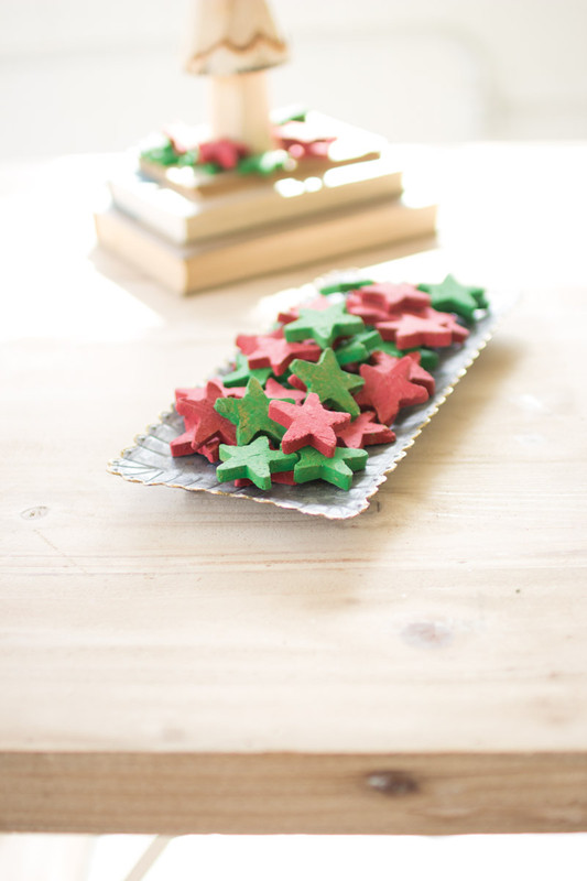 RED AND GREEN CLAY STARS