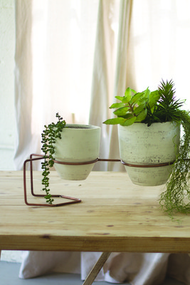 WASHED CLAY PLANTERS