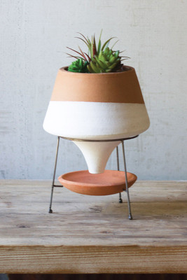 TERRACOTTA FUNNEL PLANTER