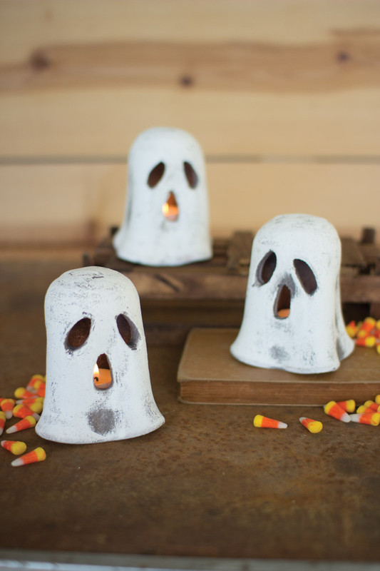 CLAY GHOST CANDLE HOLDER