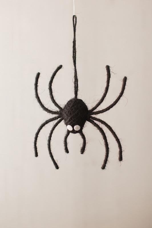 spider door hanger