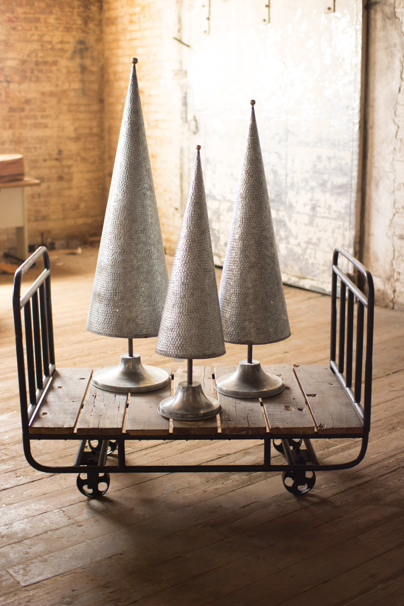 GALVANIZED TOPIARIES WITH BRASS DET