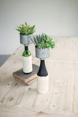 METAL BOTTLE TOPPER PLANTER