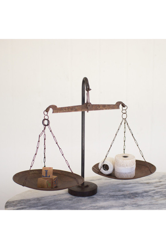 ANTIQUE METAL SCALE
