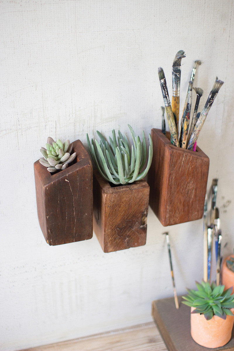 RECYCLED WOOD WALL POCKETS