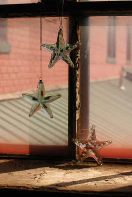hanging recycled glass - starfish